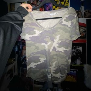 camouflage t-shirt!!